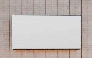 biała tablica suchościeralna